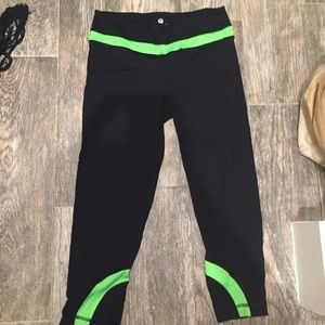 90 degrees by reflex  Pants - 90 Degrees by Reflex fitness capris