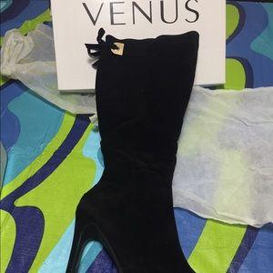 "Venus 7 1/2 black boots 5"" heel ✔️✔️ NEW"