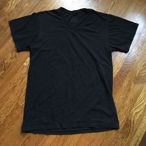 Fruit of the Loom Other - Men's size medium fruit of the loom black T-shirt