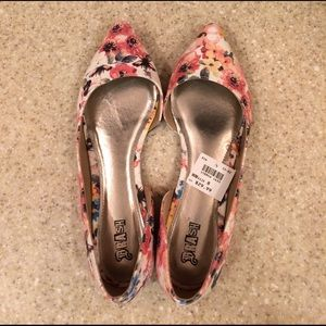 Brash pointed flats.  Brand new with tags!