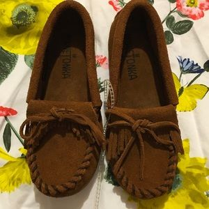Minnetonka Other - 🍂Minnetonka kids kilts suede Moc NWOT size 12🍂