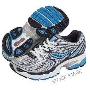 Saucony Shoes - RUNNERS:  EUC Saucony ProGrid Guide 3 in 7.5 Shoes