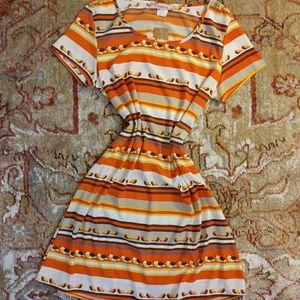 NWT. Francesca's cute bird dress