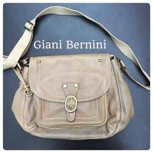 Giani Bernini Handbags - Giani Bernini Shoulder Bag