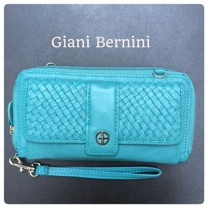 Giani Bernini Handbags - Giani Bernini Leather Wallet with Removable Straps
