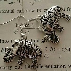 Adorable Tibetan silver elephant earrings new