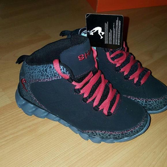 271bca6bd05bce 🆕Shaq Platinum Youth Basketball Shoes