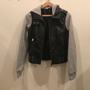 Tilly's Jackets & Blazers - NWOT Full Tilt Bomber Jacket