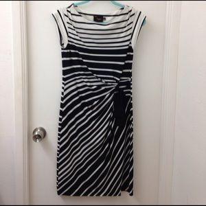Just Taylor Dresses & Skirts - FLASH SALE Dress