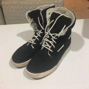 Chaps Shoes - Chaps Snow shoes