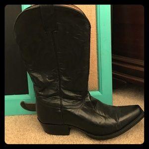 Shyanne Shoes - Blk leather cowboy boots size 7