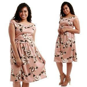 Dresses & Skirts - Plus size floral dress 2x 3x