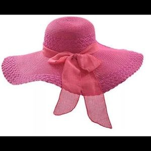 Accessories - LARGE FLOPPY STRAW HAT