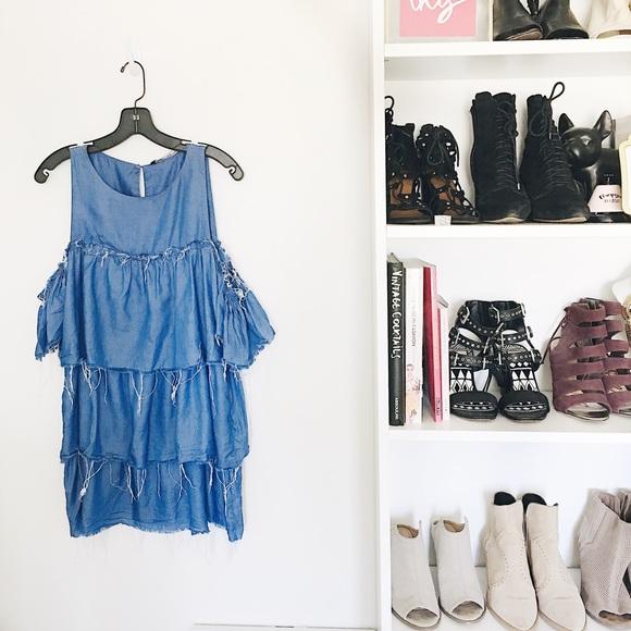 Zara Dresses - ✨HP✨ Zara Denim Ruffled Dress