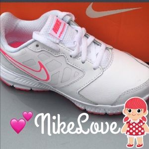 Nike Other - New Nike for Girls💕💕💕
