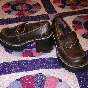Skechers Shoes - Adorable shoes