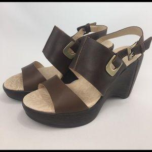 Jambu Shoes - JAMBU Sport Wedge Sandal!