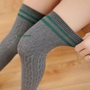 HUE Accessories - Cable Knit Over The Knee Socks Long Thigh High OTK