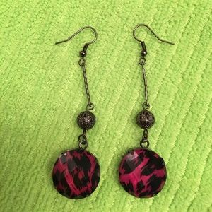 Jewelry - Vintage Dangling earrings