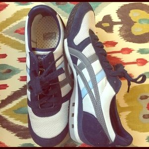 Onitsuka Tiger by Asics Shoes - REDUCED Asics Onitsuka Tiger unisex 6 (fits 7.5)