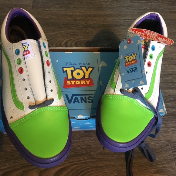dc652b35803 NIB vans Old Skool Toy Story Buzz lightyear