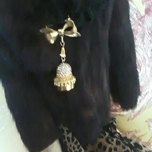 Corocraft Jewelry - COROCRAFT VINTAGE TIMEPIECE BROOCH