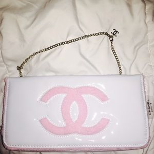 CHANEL Handbags - Authentic Chanel Pink White Purse VIP Gift