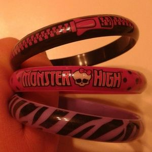 monster high Other - Monster high bracelets