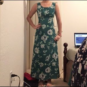 a'gaci Dresses & Skirts - Floral Dress