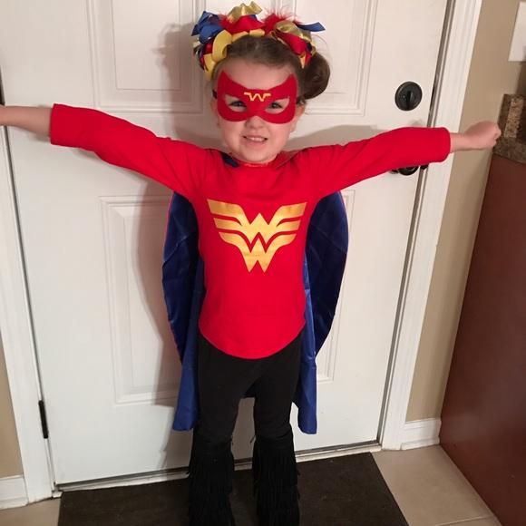 Halloween Costume 4 5.Kids Wonder Woman Costume 4 5