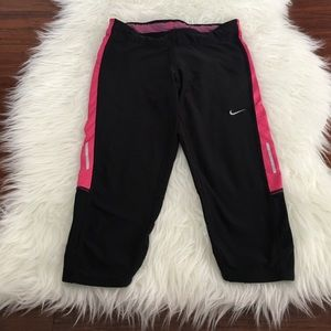 Nike Pants - Nike Dri Fit Knee Length Cropped Workout Pants