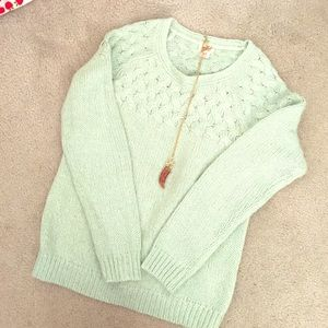 Sweaters - Cozy knit sweater