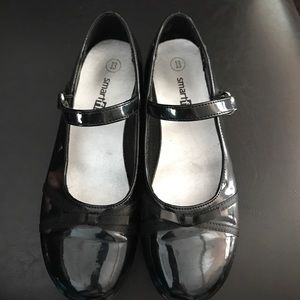 Other - Girls black patent Mary Janes sz 13