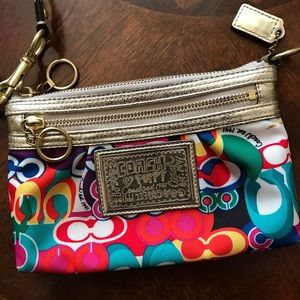 Coach Mini Handbag - Large Wristlet (Authentic)