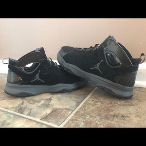 Jordan Other - Men's Nike Jordan Legend TR (Black, Size 10.5)