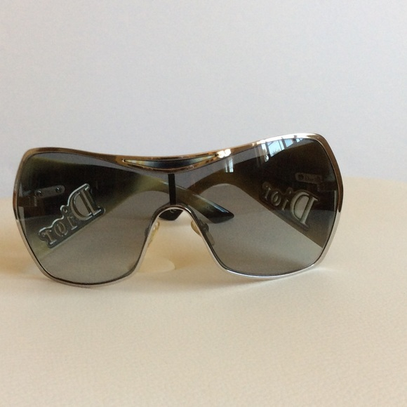 45755bed61 Christian Dior Accessories - CHRISTIAN DIOR GAUCHO 1 GRADIENT SUNGLASSES
