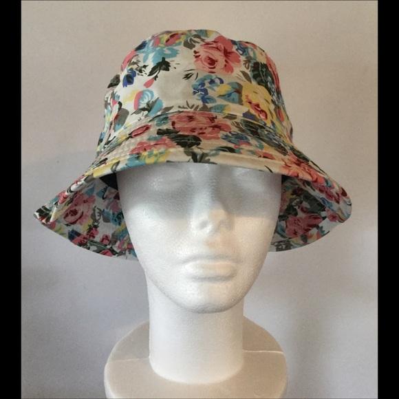 Boutique Accessories - Pastel Floral Bucket Hat