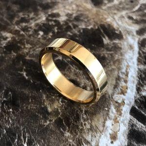 Jewelry - UNISEX 6MM Gold Titanium Ring Wedding Band