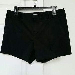 Woman's Banana Republic Shorts - Sz 8