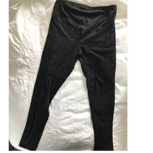 Old Navy Pants - Old Navy Maternity Leggings