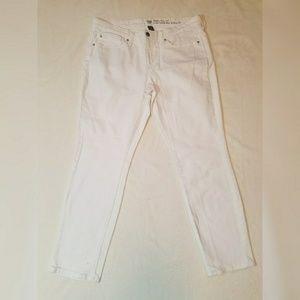 GAP Denim - Gap Skinny Roll Up White Size 12/31