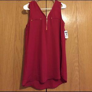 Etiquette Clothiers Tops - Red zip blouse
