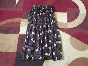 Dresses & Skirts - Women's floral prints skirt medium