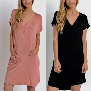 ARANA solid v-neck dress w/ pockets -PEACH/BLACK
