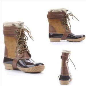 Shoes - Duck boots