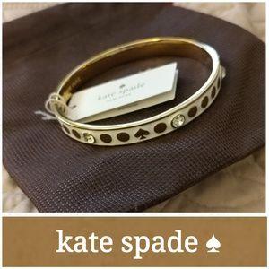 NWT kate spade spot the spade bangle