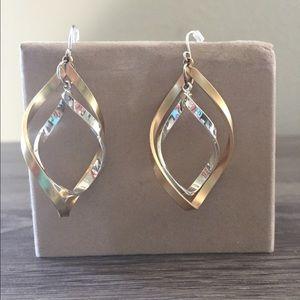 Two tone earrings (gold/silver)
