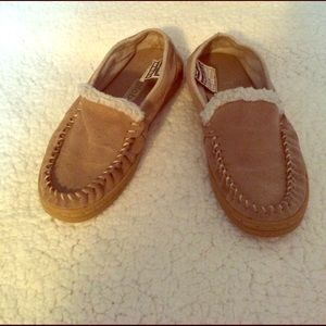 Globe Shoes - Tan slip on's