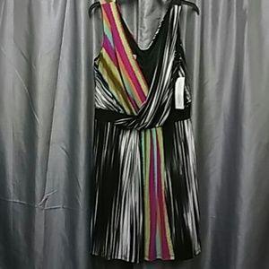 Maggy London Dresses & Skirts - NWT Maggie london dress sz 14