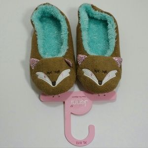 Shoes - Adorable  fox slippers